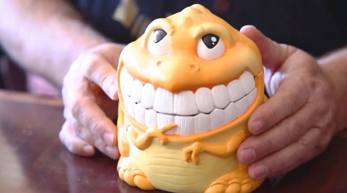 Sculpting (Weirdo) Toys with Scott Hensey